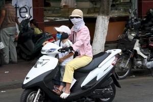 bambino in moto